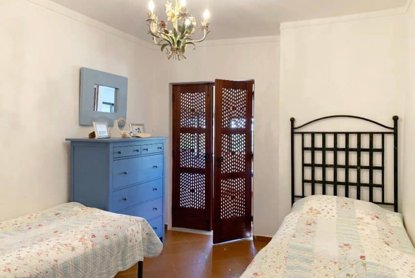 3 bedroom villa pool beach Tavira golf sea views  (8)