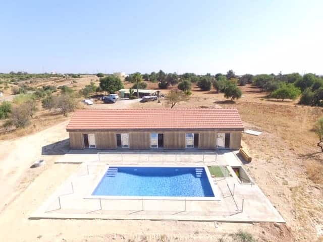 4bedroom wooden villa with pool golf beach (7)