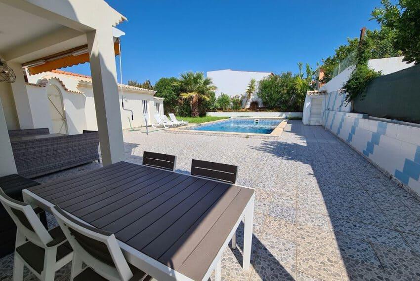 4 bedroom villa pool pechao beach algarve (14)