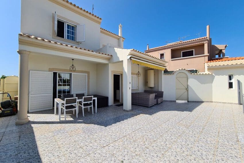4 bedroom villa pool pechao beach algarve (16)