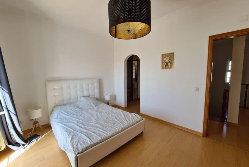 4 bedroom villa pool pechao beach algarve (22)