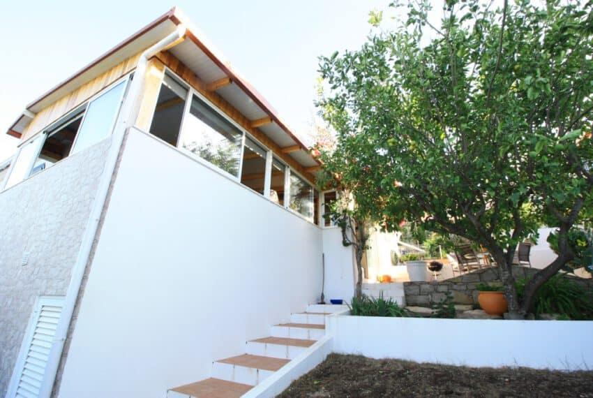 2 bedroom villa pool Sao Bras de Alportel Algarve beach golf (1)