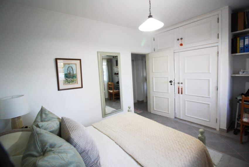 2 bedroom villa pool Sao Bras de Alportel Algarve beach golf (13)
