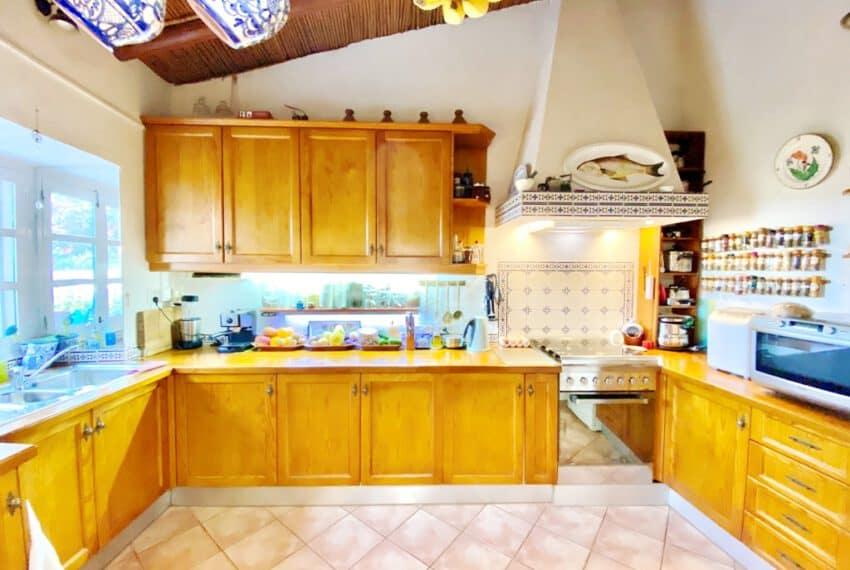 5bedroom farmhouse with pool Loule Algarve beach golf (19)
