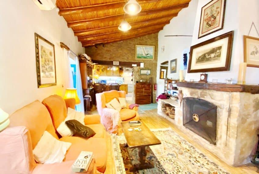 5bedroom farmhouse with pool Loule Algarve beach golf (24)