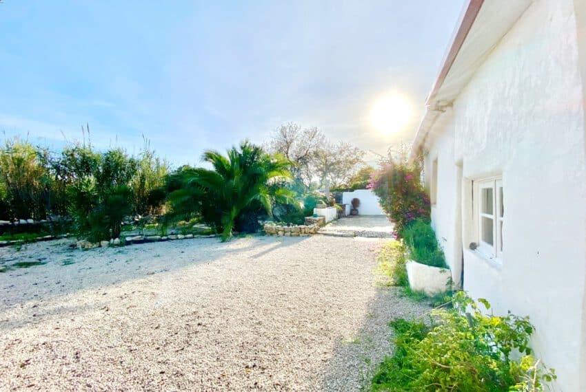 5bedroom farmhouse with pool Loule Algarve beach golf (27)