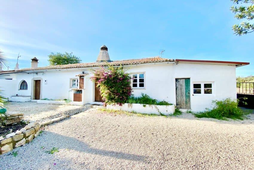 5bedroom farmhouse with pool Loule Algarve beach golf (28)