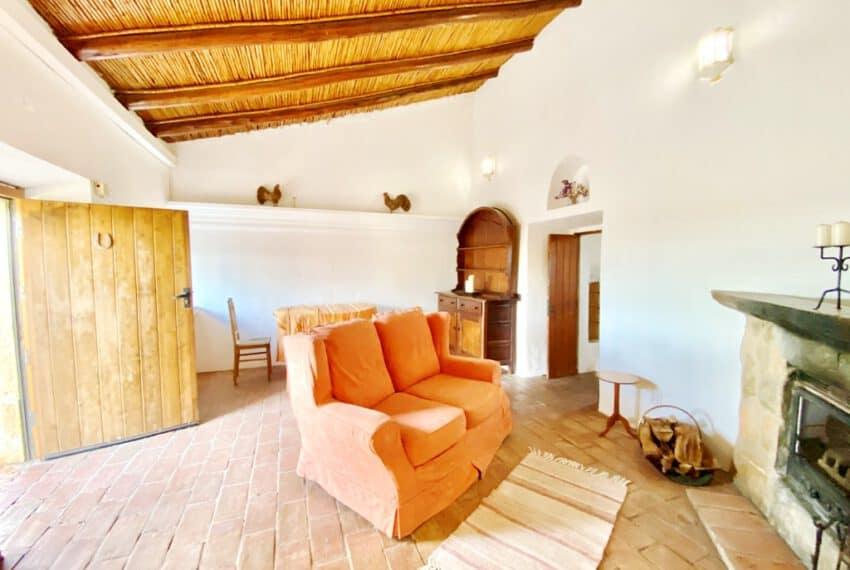 5bedroom farmhouse with pool Loule Algarve beach golf (31)