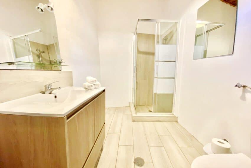 5bedroom farmhouse with pool Loule Algarve beach golf (36)