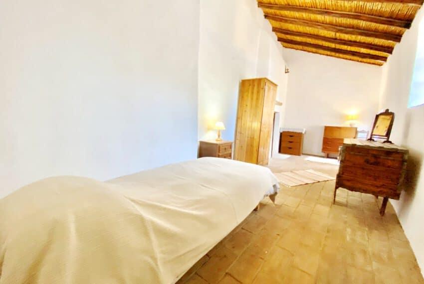 5bedroom farmhouse with pool Loule Algarve beach golf (37)