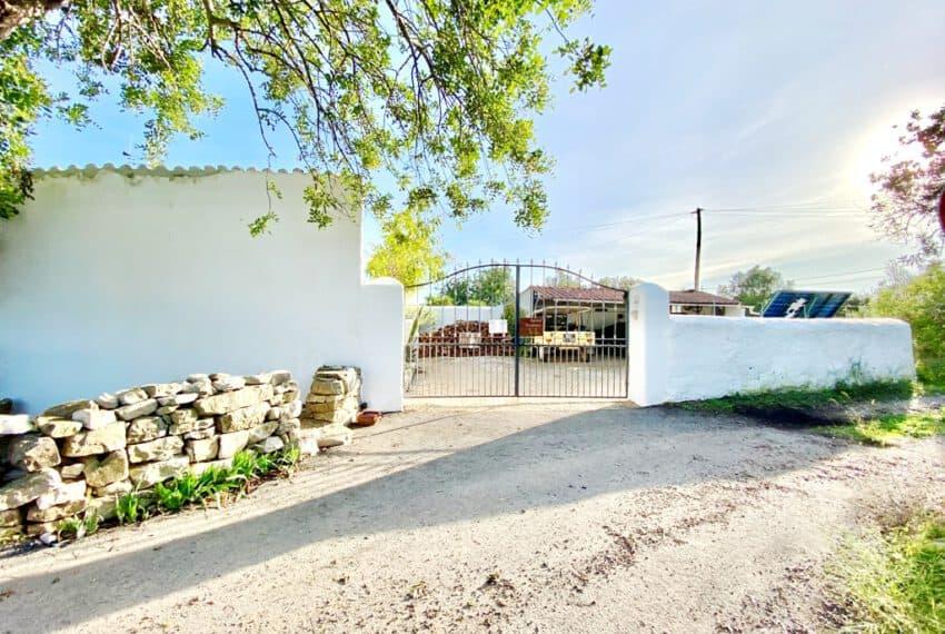 5bedroom farmhouse with pool Loule Algarve beach golf (44)