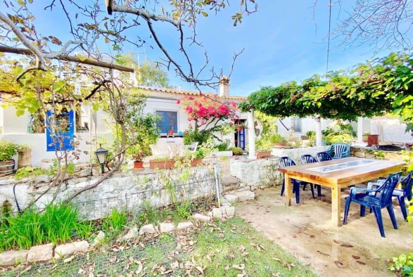 5bedroom farmhouse with pool Loule Algarve beach golf (45)