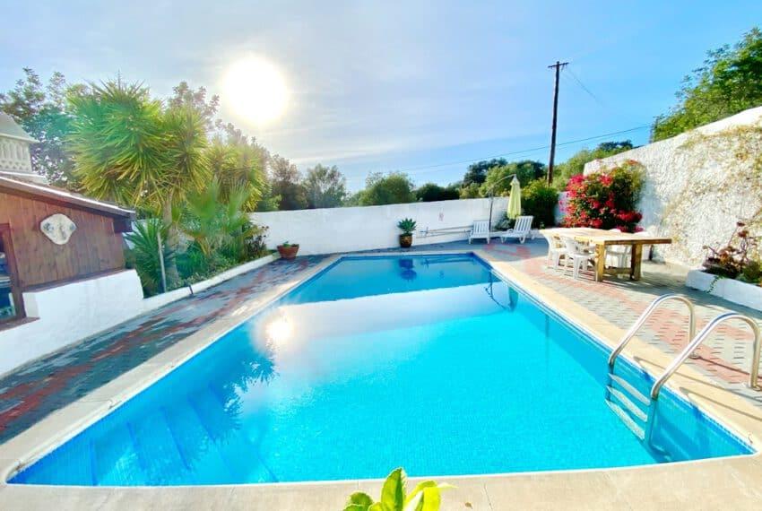 5bedroom farmhouse with pool Loule Algarve beach golf (7)