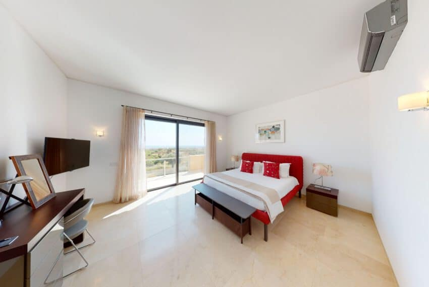 4 bedroom villa golf Monte Rei pool beach East Algarve (13)