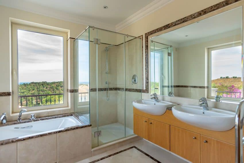 4 bedroom villa pool golf Monte Rei beach East Algarve (16)