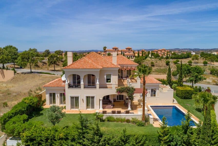 4bedroom villa pool golf Monte Rei beach East Algarve (22)