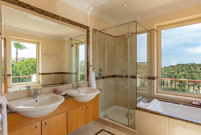 5 bedroom villa pool golf Monte Rei beach East Algarve (17)