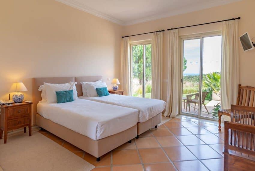5 bedroom villa pool golf Monte Rei beach East Algarve (7)