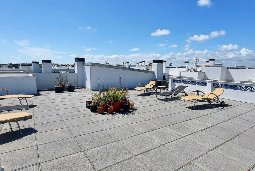3 bedroom apartment topfloor Santa Luzia Tavira beach golf East Algarve Barril swimming pool (18)