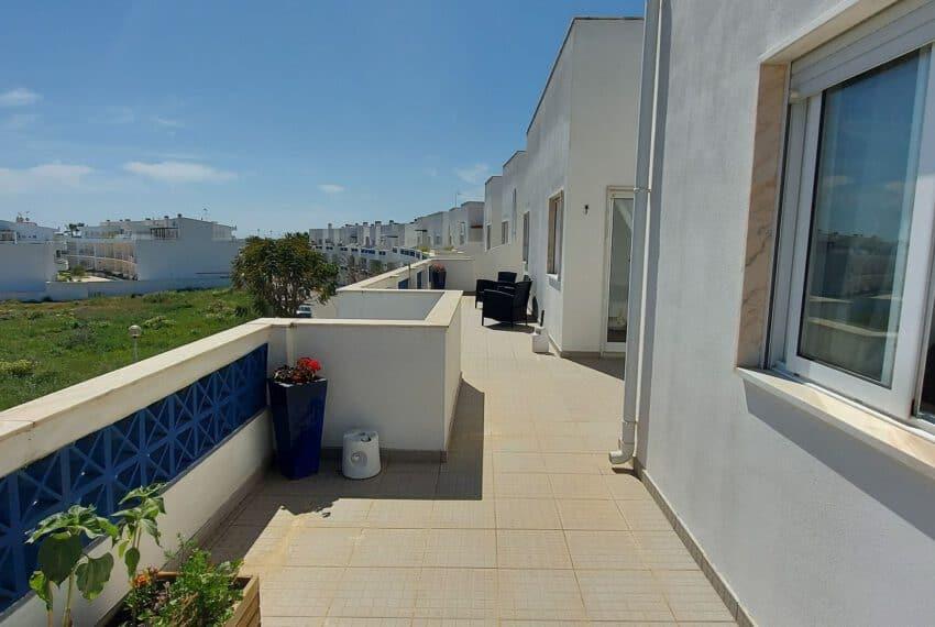 3 bedroom apartment topfloor Santa Luzia Tavira beach golf East Algarve Barril swimming pool (20)