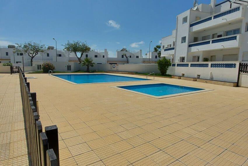 3 bedroom apartment topfloor Santa Luzia Tavira beach golf East Algarve Barril swimming pool (22)
