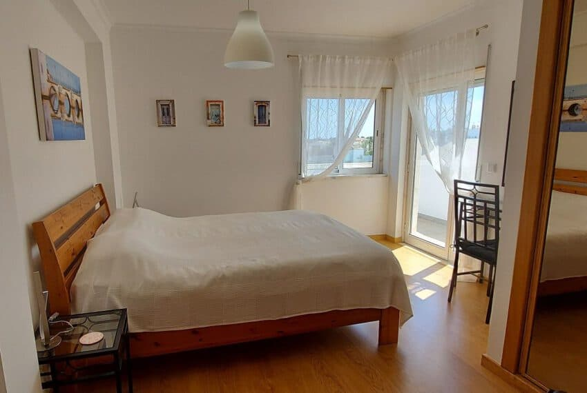 3 bedroom apartment topfloor Santa Luzia Tavira beach golf East Algarve Barril swimming pool (3)