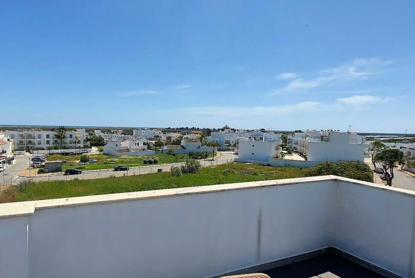 topfloor apartment 3 bedrooms pool beach Barril golf Santa Luzia Tavira East Algarve (4)