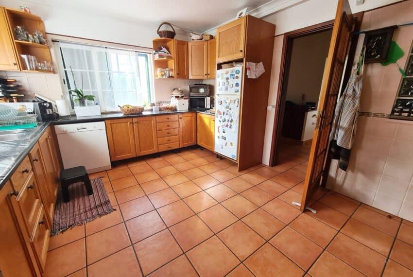 3 bedroom villa with Pool Moncarapacho East Algarve beach golf  (16)