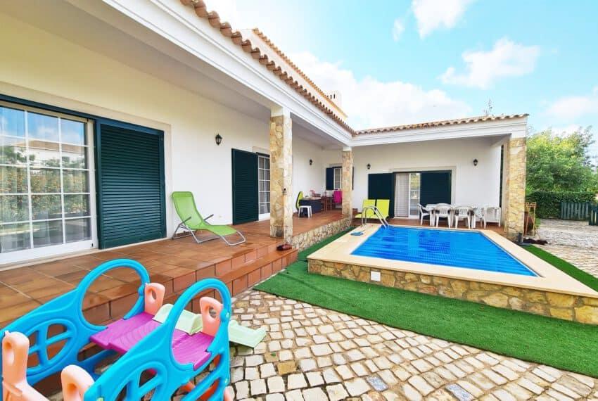 3 bedroom villa with Pool Moncarapacho East Algarve beach golf  (37)