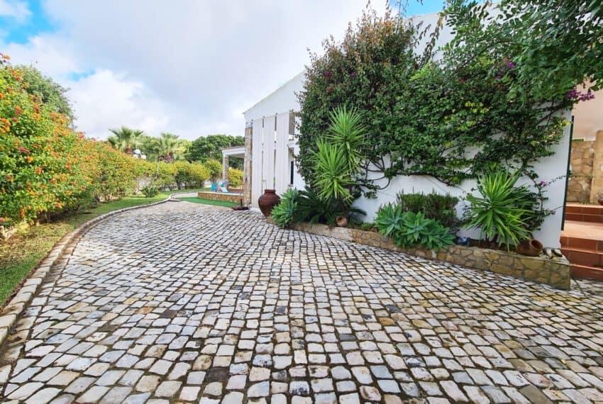 3 bedroom villa with Pool Moncarapacho East Algarve beach golf  (39)