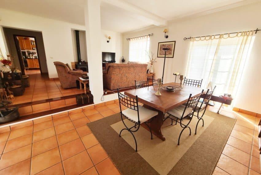 3 bedroom villa with Pool Moncarapacho East Algarve beach golf  (8)