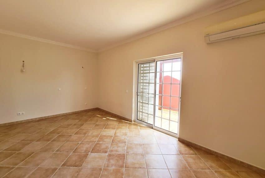 4 bedroom villa with Pool Olhao Algarve faro beach Ria Formosa  (14)