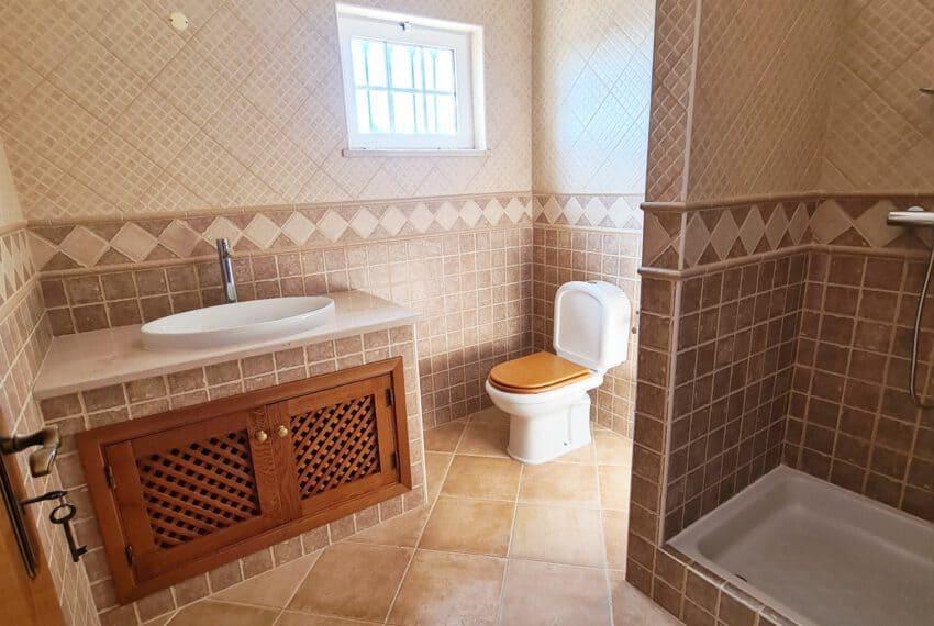 4 bedroom villa with Pool Olhao Algarve faro beach Ria Formosa  (17)