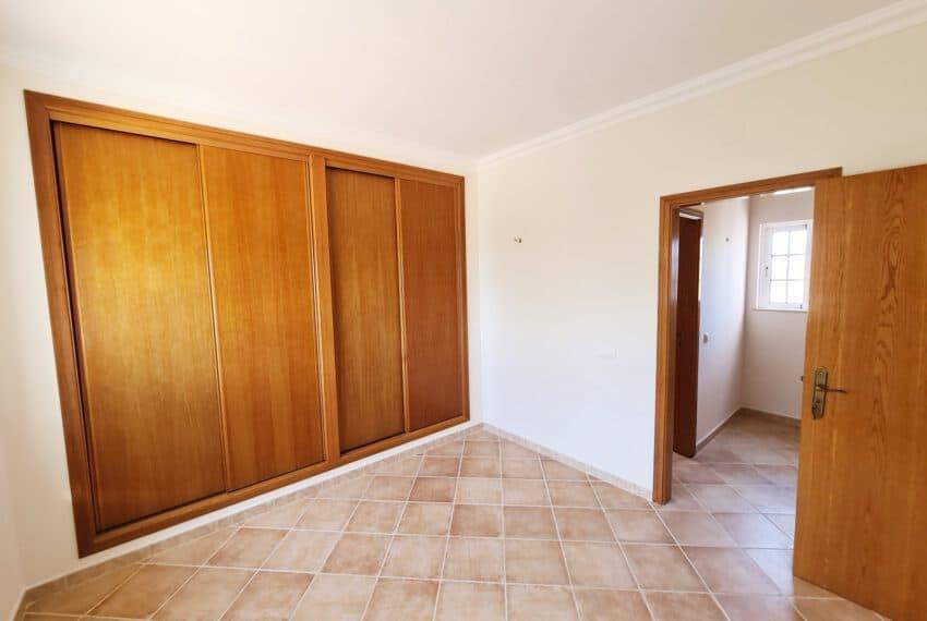4 bedroom villa with Pool Olhao Algarve faro beach Ria Formosa  (18)