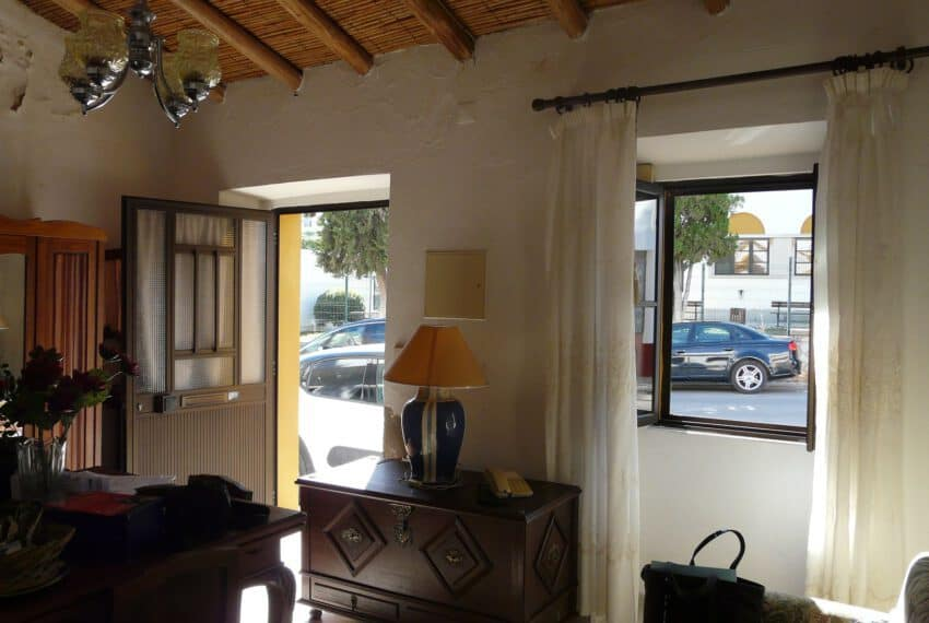 townhouse for renovation Bisshop square Tavira East Algarve golf beach (6)