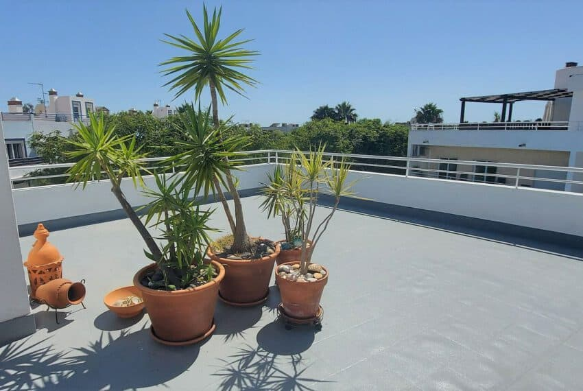 T2 top floor apartment Santa Luzia Tavira East Algarve beach golf pool (12)