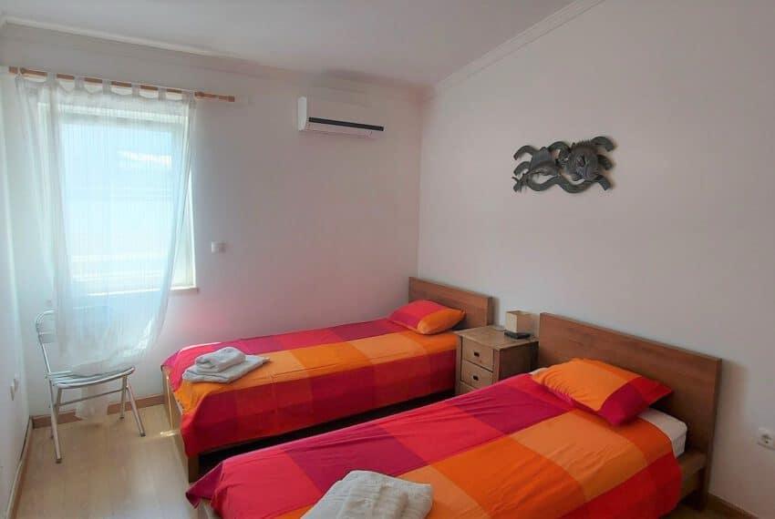 T2 top floor apartment Santa Luzia Tavira East Algarve beach golf pool (7)